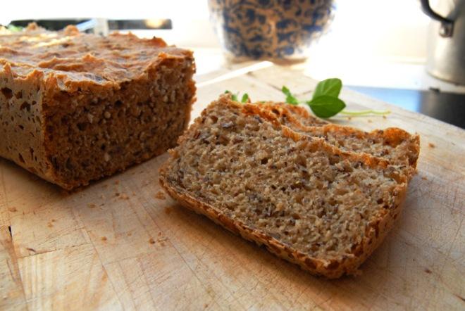 Ingrediensene sier mye om hvor sunt dette brødet er. Foto: Lise von Krogh