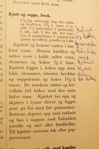 Originalen fra mormors gamle kokebok. Foto: Lise von Krogh
