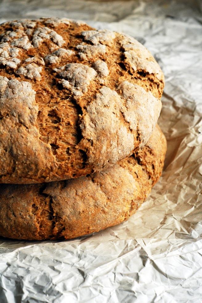 Rugbrød inneholder protein som utfyller proteinet i linsene. Foto: Lise von Krogh