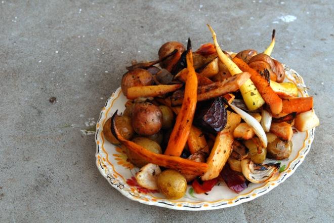 Ovnsbakte grønnsaker rett fra åkeren. Foto: Lise von Krogh