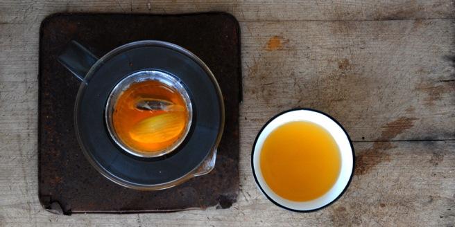 Drikk vinterte jevnt og trutt ved sår hals. Foto: Lise von Krogh