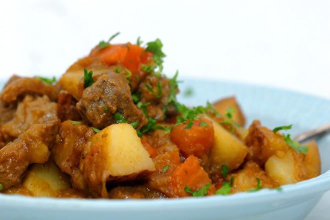 Enkel ingredienser til en sunn helgemiddag. Foto: Lise von Krogh