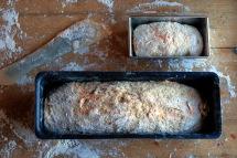 Jr. har egen brødform. Foto: Lise von Krogh.