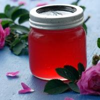 Om intens nytelse og rosegele fra Hurdal