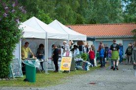 Festivalboder i Økolandsbyen. Foto: Lise von Krogh.