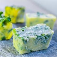 Frys ned urtene med smør og oljer