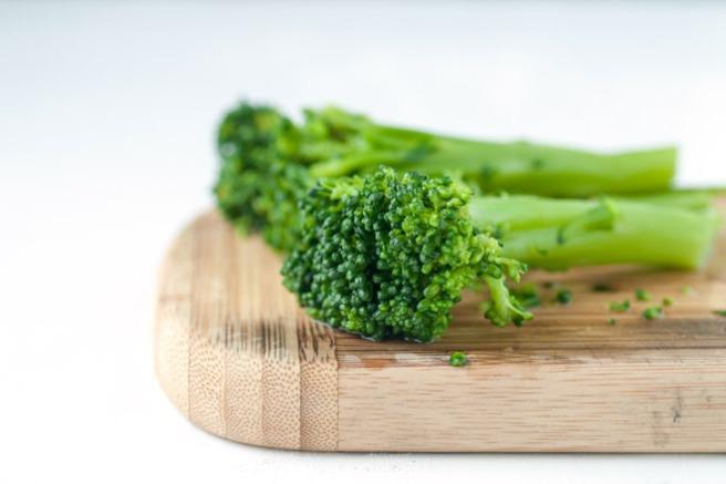 Forvellet brokkoli. Foto: Lise von Krogh ©