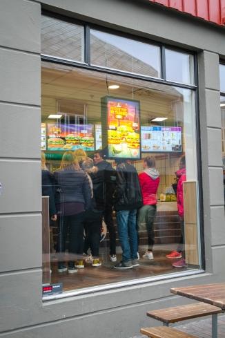 Men alltid noen som helst vil ha den vanlige burgeren. Foto: Lise von Krogh.