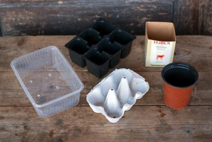 Bruk potter om igjen eller bruk noe du har liggende. Foto: Lise von Krogh ©