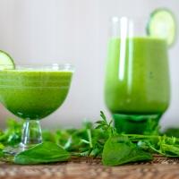 Grønn smoothie med karse og spinat
